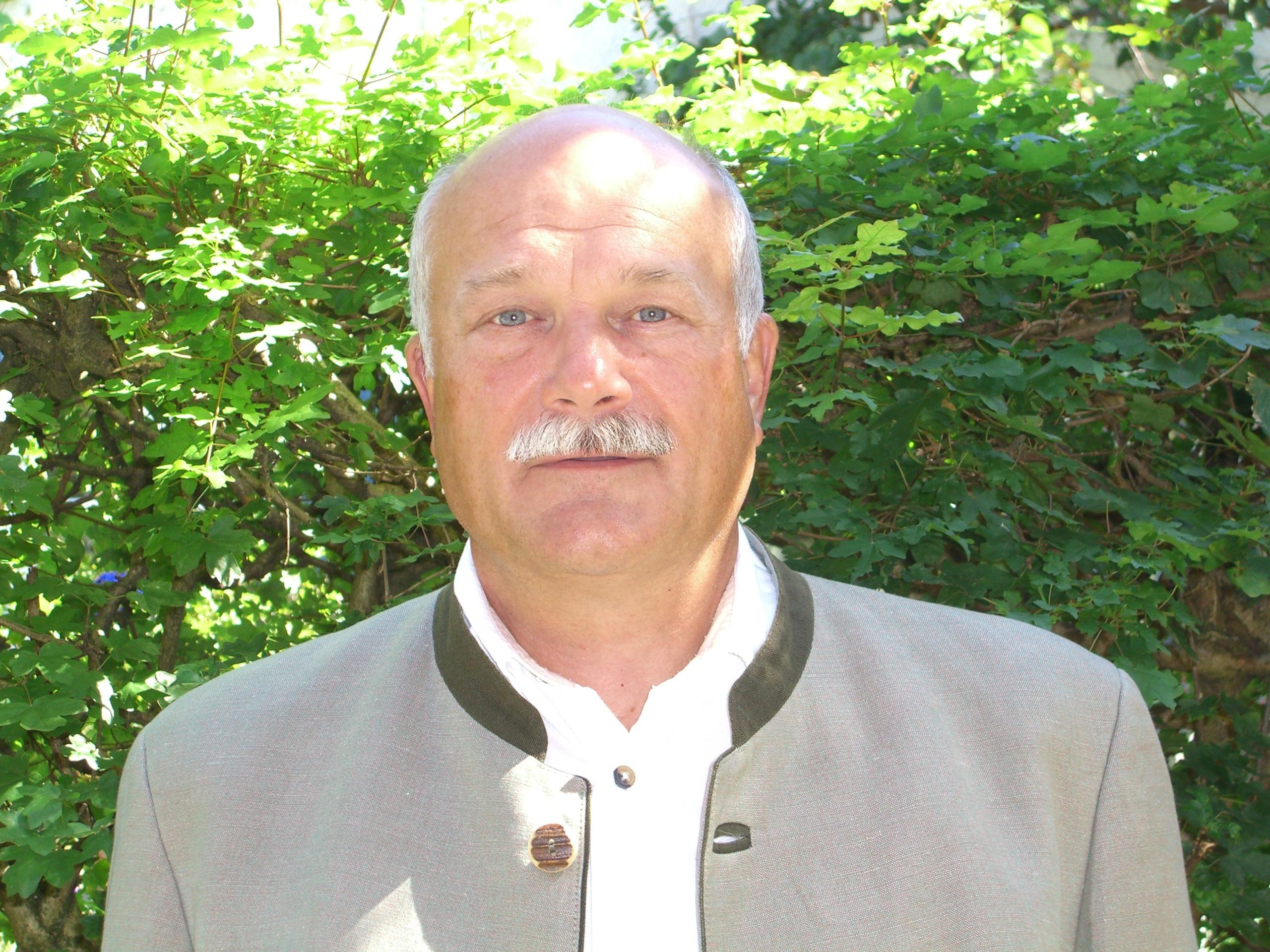 Digitaler Kongress Prof. Dr. Manfred Schölch